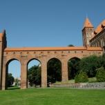 Marienwerder [poln. Kwidzyn] in Westpreußen: Burg des pomesanischen Domkapitels mit monumentalem Dansker [Toilettenturm]