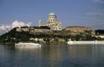 Gran [ung. Esztergom] in Ungarn - hoch über der Donau (2004)