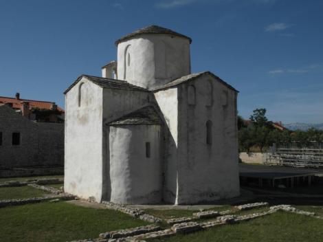Nin: Heilig-Kreuz-Kirche