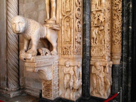 Trogir: Kathedrale - Portal (2016)
