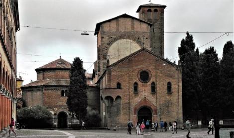 Kirchenkomplex Santo Stefano: Heiliggrabkirche und Kruzifixkirche (2017)