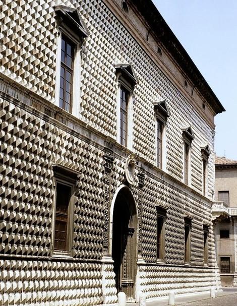 Palazzo dei Diamanti (1988)