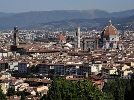Blick vom Michelangelo-Platz zum Palazzo Vecchio und zum Dom (2017)