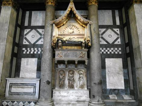 Baptisterium: Grabmal Papst Johannes XXIII. (2017)