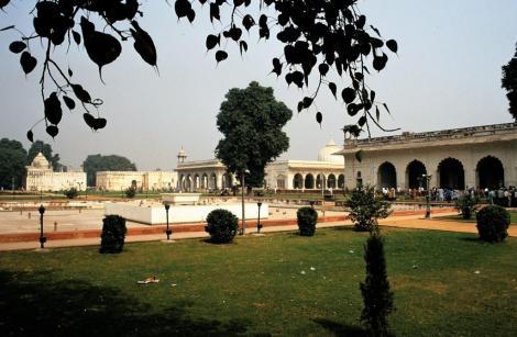 Delhi: Rotes Fort - Blick in den Privatbereich des Moguls (2000)