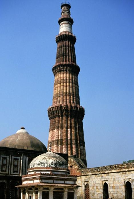 Delhi: Qutb Minar-Komplex - Siegesturm (2000)