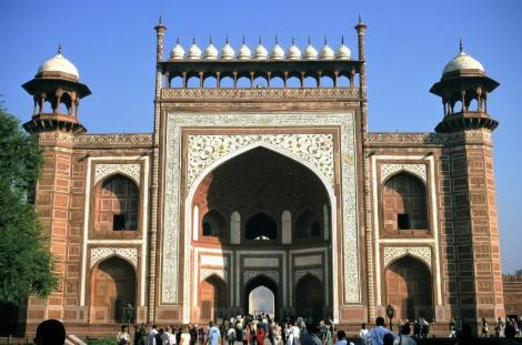 Agra: Taj Mahal - Torbau (2000)