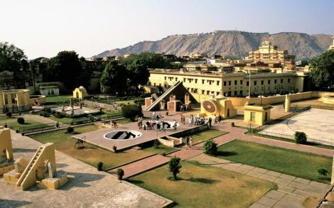 Jaipur: Observatorium [Jantar Mantar] (2000)