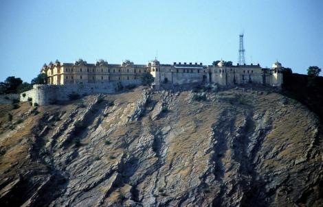 Jaipur: Fort Nahargarh [Blick vom Observatorium] (2000)