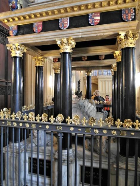 Westminster Abtei: Kapelle Heinrichs VII. - Grabmal Elisabeths I. (2014)