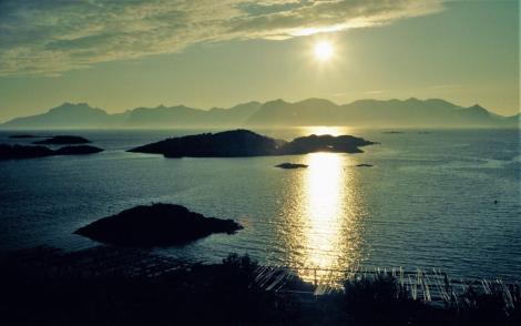 Lofoten: Landschaft bei Henningsvaer (1998)