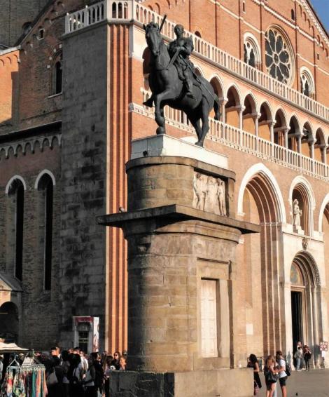 Reiterstandbild des Gattamelata von Donatello (2017)