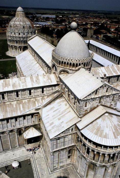 Blick vom Schiefen Turm auf den Dom (1988)