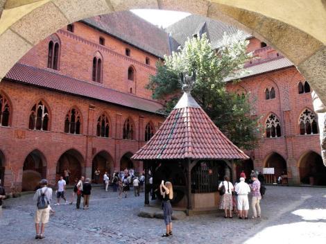 Bild der Marienburg, Malbork - Kreuzgang des Hochschlosses