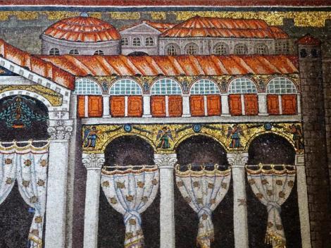 Sant' Appolinare Nuovo: rechte Seite - Darstellung des Theoderich-Palastes (2017)