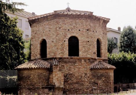 Baptisterium der Arianer (1988)