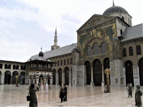 Damaskus: Omaijadenmoschee - Innenhof mit Mosaiken des Transepts