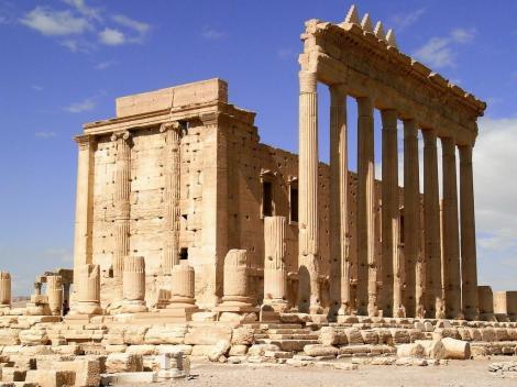 Baal-Tempel: Podiumtempel mit Cella von außen (2008)
