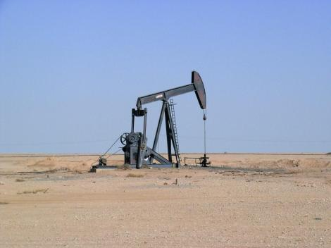 Erdölförderung nördlich Resafa