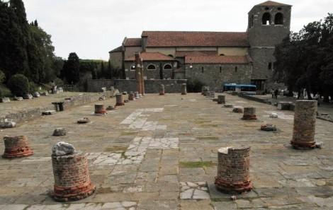 Römische Basilika vor dem Dom (2017)