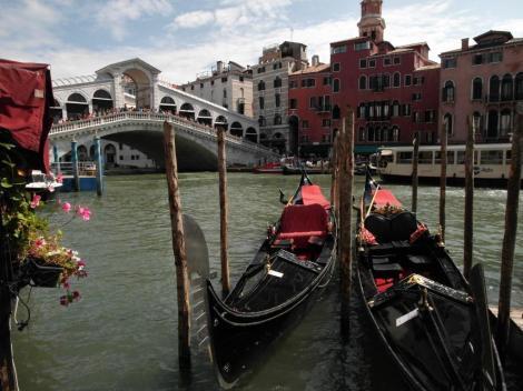 Canal Grande: Blick zur Rialtobrücke (2017)