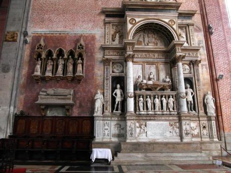 Kirche San Giovanni e Paolo: rechts Grabmal von Andrea Vendramin im Chor (2017)