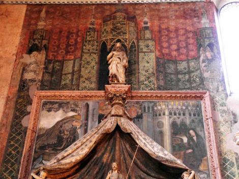 """Kirche San Fermo: Grabmal für Niccolo Brenzoni mit einer """"Verkündigung"""" von Pisanello (2017)"""