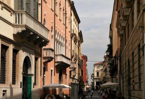 Corso Palladio (2017)