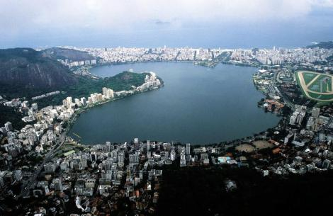 Rio de Janeiro: Blick vom Corcovado auf den Lagoa R. de Freitas (2003)