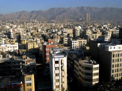 Teheran: Blick über die Stadt zum Elburs-Gebirge (2007)