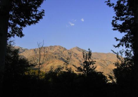 Teheran: Sommerpalast - Blick vom Grünen Palast zum Elbursgebirge (2007)