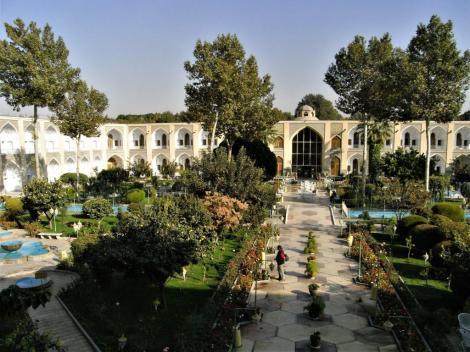 Hotel Abbas - Innenhof [früher eine Karawanserei] in Isfahan