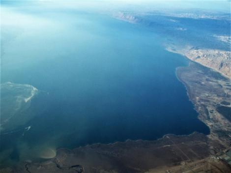 Totes Meer und Jordanmündung [unten] von oben (2006)