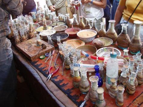 Petra: Produktion von Sandflaschen (2006)