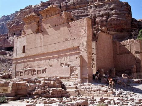 """Petra: sog. """"Palast der Pharaonentochter"""" (2006)"""