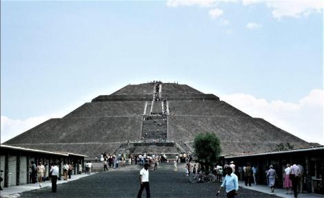 Teotihuacan: Sonnenpyramide (1980)
