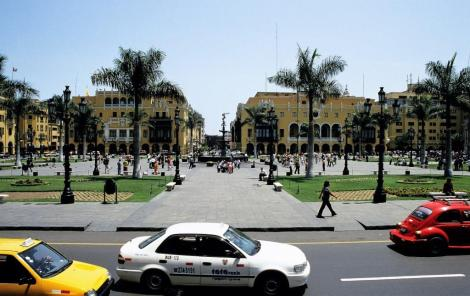 Lima: Plaza Mayor (2005)