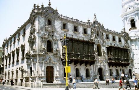 Lima: Plaza Mayor - Erzbischöfliches Palais (2005)