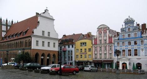 Heumarkt mit Rathaus in Stettin (2007)