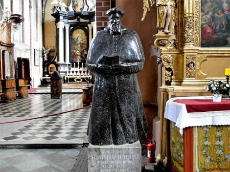 Frauenburg [poln. Frombork]: Dom - Hosius-Statue (2012)