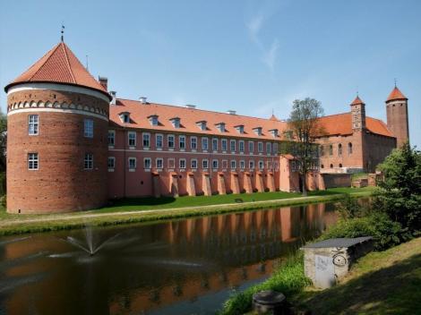 Heilsberg [poln. Lidzbark Warminski]: Residenzburg der ermländischen Bischöfe - Vorburg (2012)