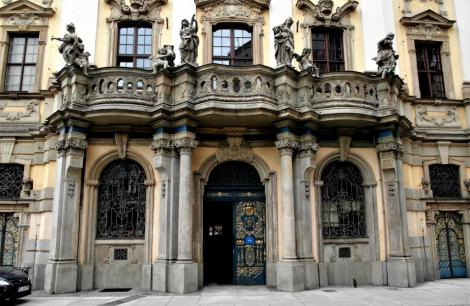 Universität: Portal (2014)