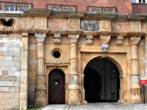 Liegnitz [poln. Legnica]: Schlossportal (2014)