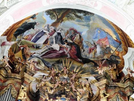 """Wahlstatt [poln. Legnickie Pole]: Klosterkirche - Gemälde über der Orgel """"Die Auffindung der Leiche Heinrichs II. durch die Herzoginnen Hedwig und Anna"""" (2014)"""