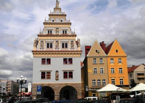 Neisse [poln. Nysa]: Ring - links Kämmerei (2014)