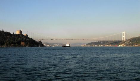 Blick nach Norden zur 2. Bosporusbrücke [Fatihbrücke] (2014)