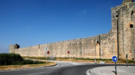 Aigues-Mortes: Stadtmauer (2013)