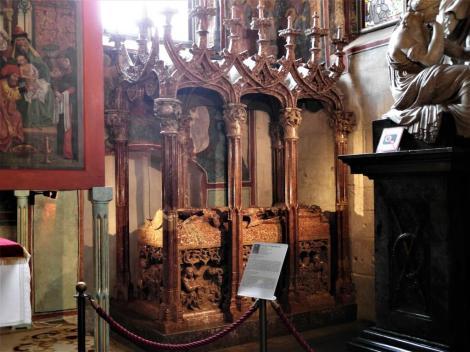 Krakau: Kathedrale - Grabmal von Kasimier IV. in der Heiligkreuzkapelle (2014)