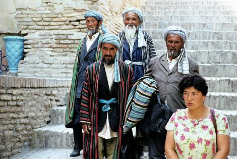 Samarkand: Einheimische in der Gräberstraße Schah-i-Sinda (1984)