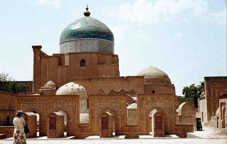 Chiwa: Mausoleum Pahlawan Mahmud (1984)